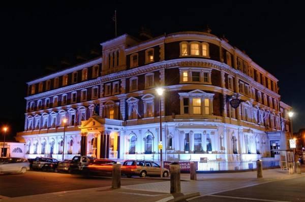 The Hallmark Queen Hotel