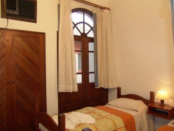 La Alhambra Apart Hotel