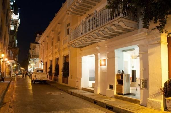 Hotel Delirio