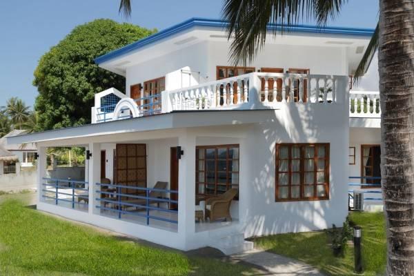 Hotel Villa in Blue
