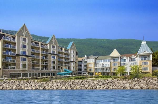 Hotel Living Water Resort