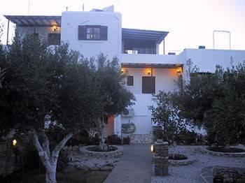Hotel Sunset Studios & Apartments