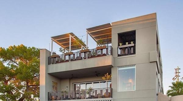 Hotel Urban Living By Signature Vacation Rentals