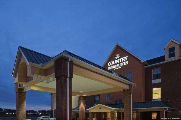 COUNTRY INN SUITES BESSEMER