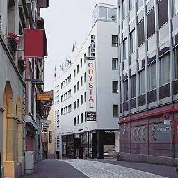 Hotel Crystal Garni