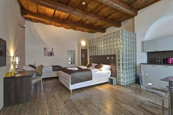 Hotel U Tří hrušek Suites & Apartments