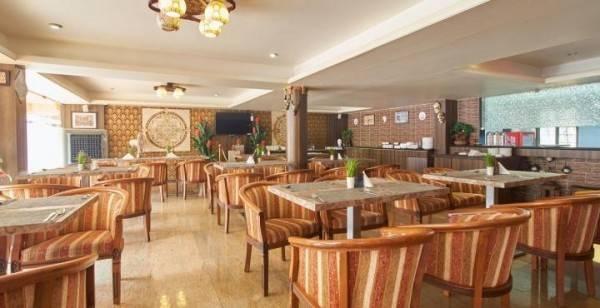Hotel La Grace Resort