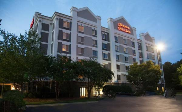 Hampton Inn - Suites Alpharetta-Windward