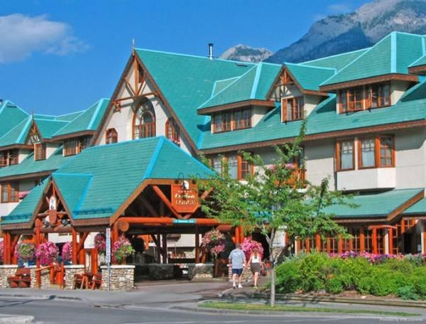 Hotel Banff Caribou Lodge and Spa