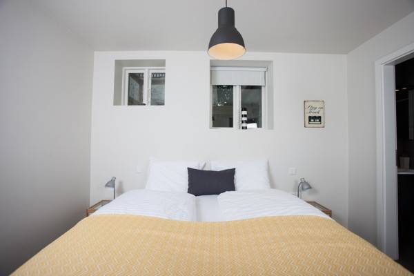Hotel Ambassade Apartments