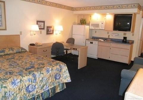 Lees Inn And Suites Evansville