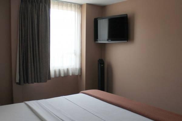 Hotel Mini Suites Aeropuerto
