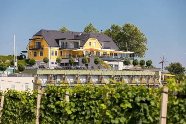 Hotel Weinrefugium Brolli