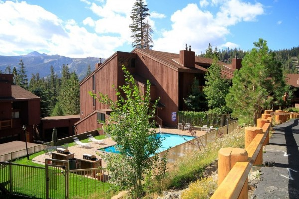 Hotel Mammoth Ski & Racquet Club