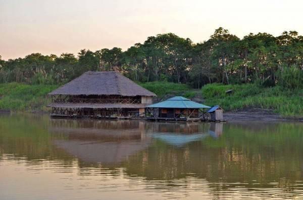 Hotel Kurupira Cabin Floating