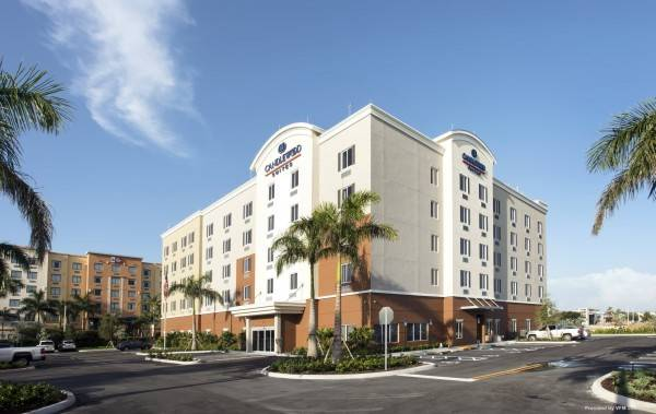 Hotel Candlewood Suites MIAMI EXEC AIRPORT - KENDALL