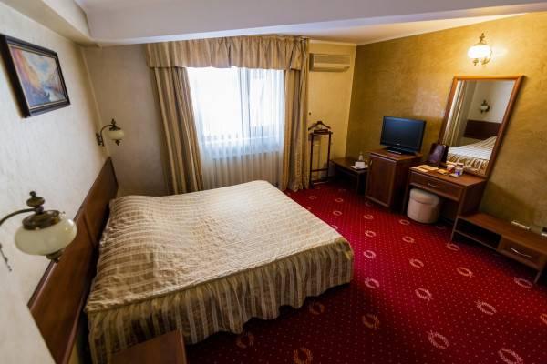 Hotel Golden House