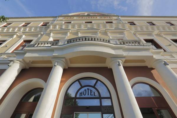 Duna Wellness Hotel***