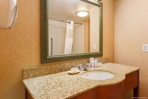 Hampton Inn - Suites Poughkeepsie