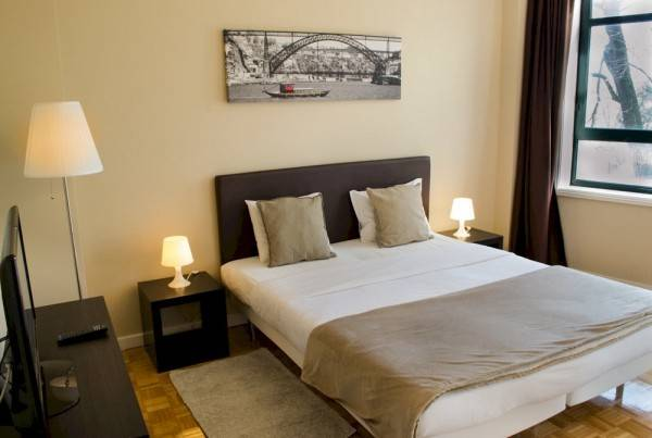 Hotel Low Cost Tourist Apartments Casa da Música