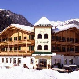 Hotel Strasserwirt -Reiten in Kitzbühels Alpen