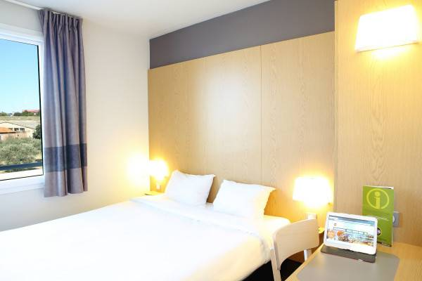 Hotel B&B Marseille St Victoret AEROPORT MARIGNANE