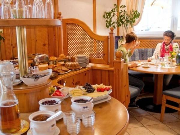KNOLL am Attersee Pension