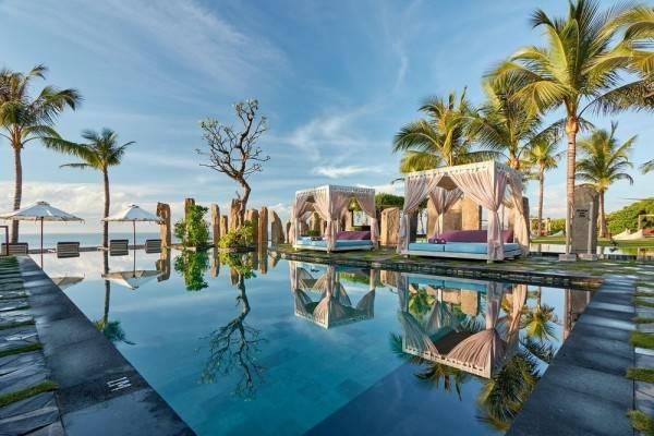 Hotel The Royal Purnama art suites & villas