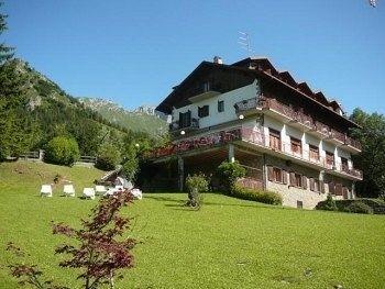Hotel Scanapà