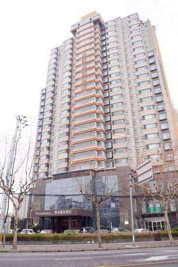 Hotel 莫泰-上海陆家嘴羽山路源深体育中心地铁站店
