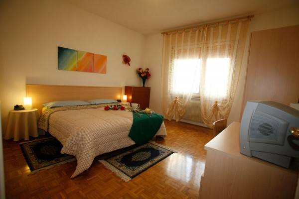 Hotel Delle Rose Bed & Breakfast