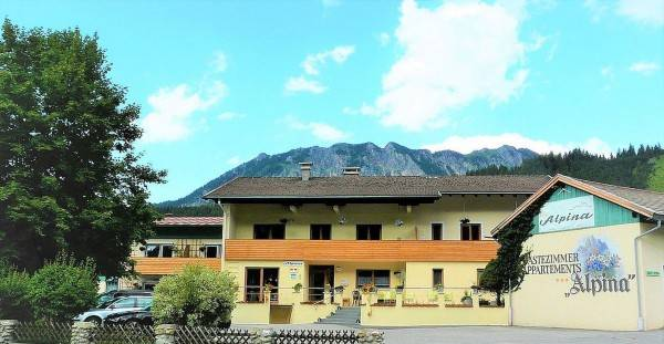 Alpina Gästehaus Pension