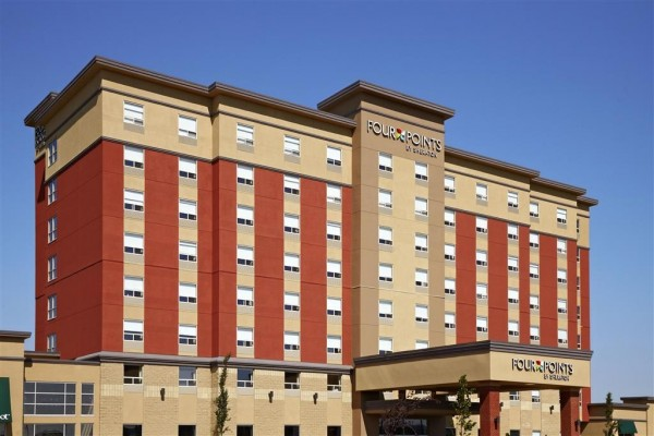 Hotel Four Points by Sheraton Edmonton Gateway