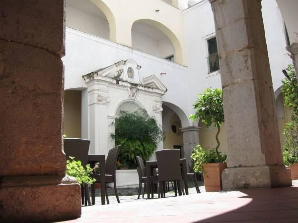 Ostello Ave Gratia Plena - Hostel