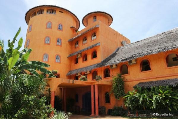 Hotel Coco Grove Beach Resort