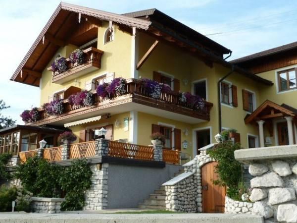 Hotel Sonnenhang (Fam. Landauer)