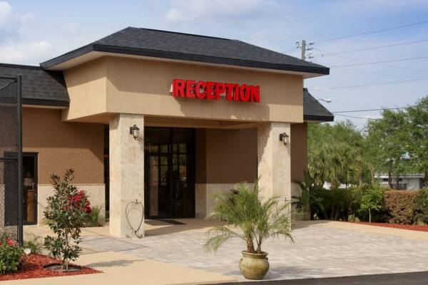Hotel Satisfaction Orlando Resort