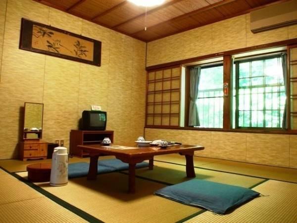 Hotel (RYOKAN) Koyasan Onsen Fukuchiin