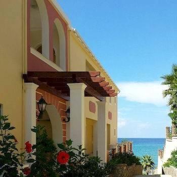 Hotel Paralia Luxury Apartments