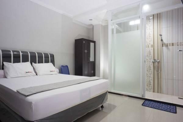 Hotel RedDoorz @ Blok A