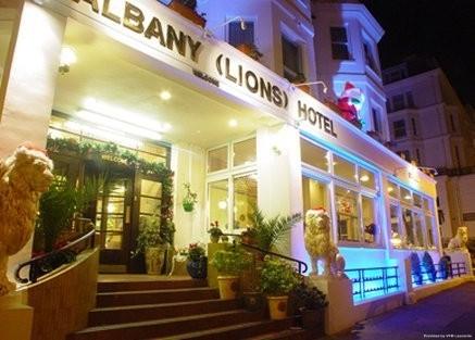 Hotel Albany Lions