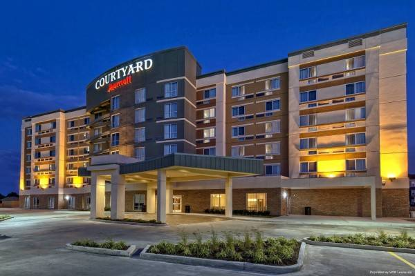 Hotel Courtyard Westbury Long Island