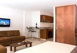 Hotel Cyan Suites