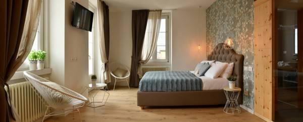 Hotel Lainez Rooms & Suites