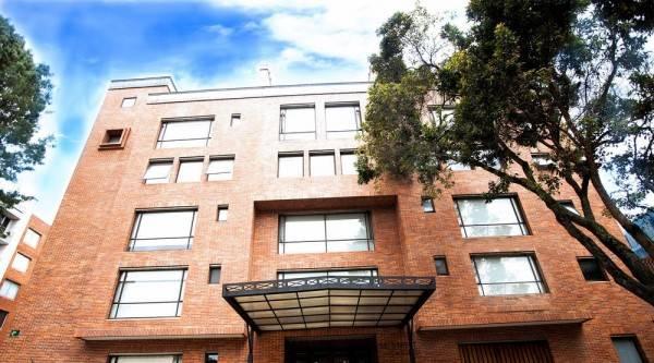 Hotel Cora 96 Street Suites