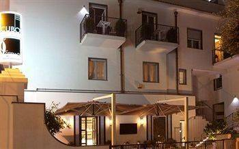 Hotel Cubo Apartments