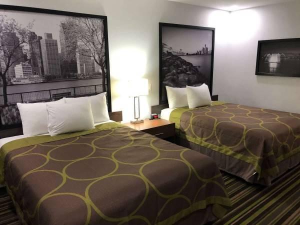 Hotel Super 8 Windsor/Dougall