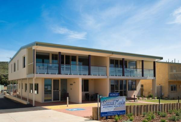 Hotel Canal Rocks Beachfront Apartments