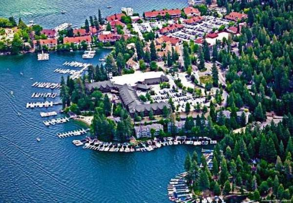 Hotel Lake Arrowhead Resort and Spa Autograph Collection