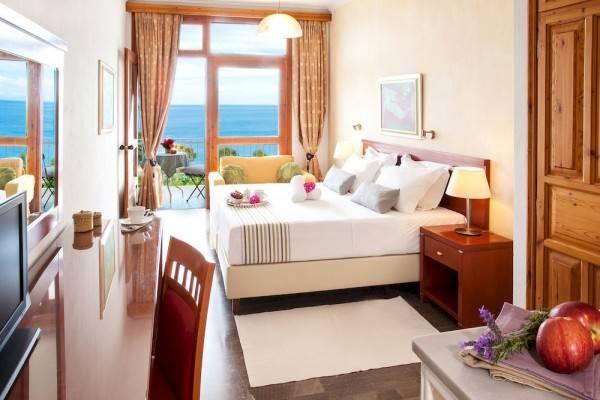 Hotel Irida Aegean View